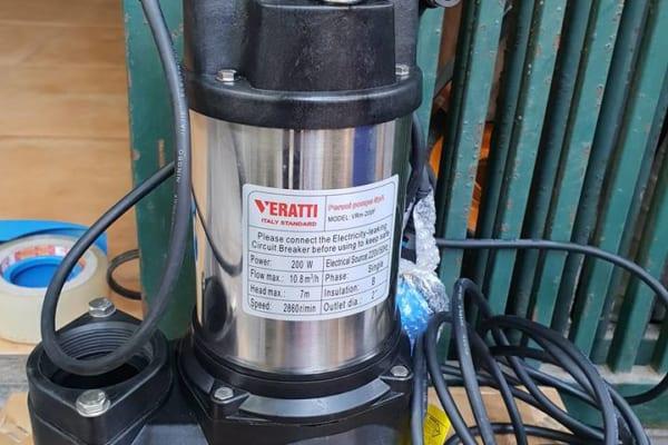 bom-chim-nuoc-thai-veratti-400w